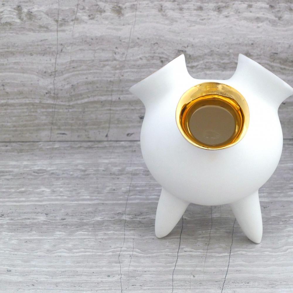 Kinsa Gold, Handcrafted piece - Home Decor - Britto Charette