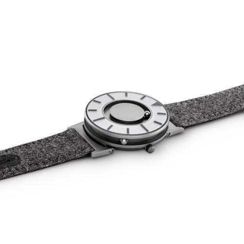 Bradley Compass Watch Graphite | Eone