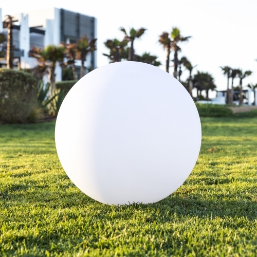 The Globe | Smart & Green | LED Indoor Outdoor Lighting