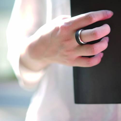 Glint Ebony Ring