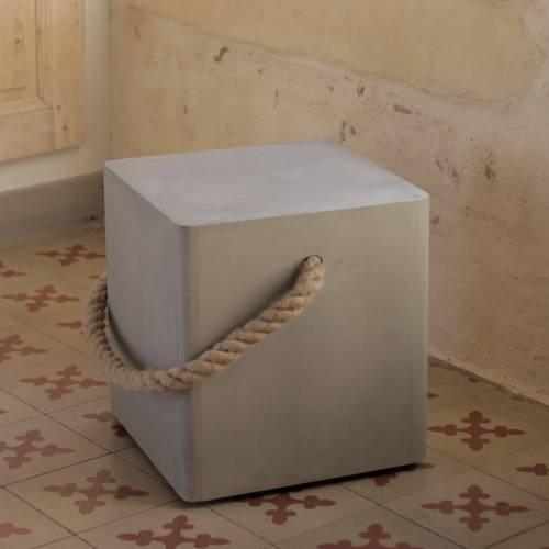Soft Edge Wheels & Rope Stool | Lyon Beton