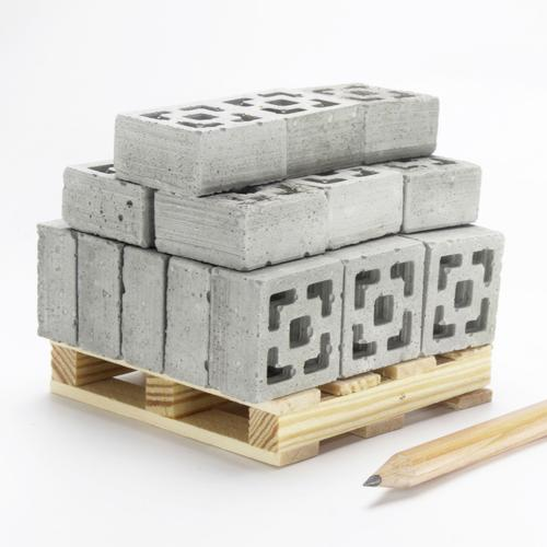 1:12 Breeze Blocks: 24 Pack | Pallet