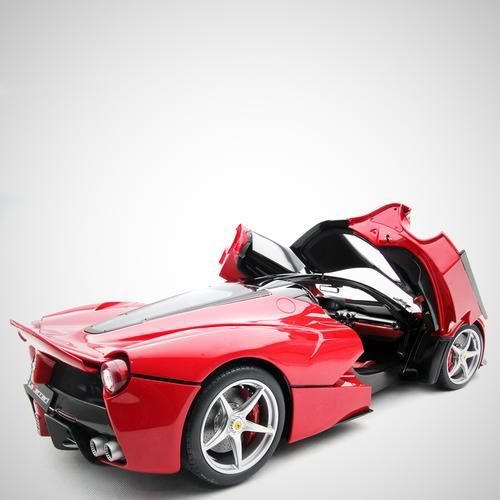 Ferrari   LaFerrari 2013   Amalgam   1:8 Scale Model Car