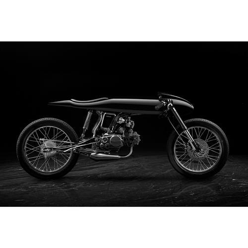 Eve Motorcycle | Liquid Black