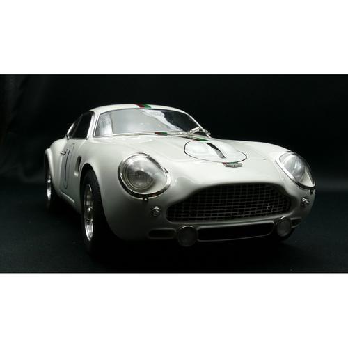 Aston Martin DB4 GT Zagato   1961   Le Mans   CMC