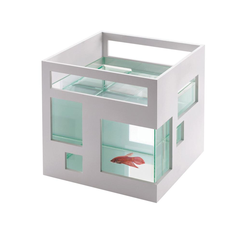 Fish Hotel   Umbra