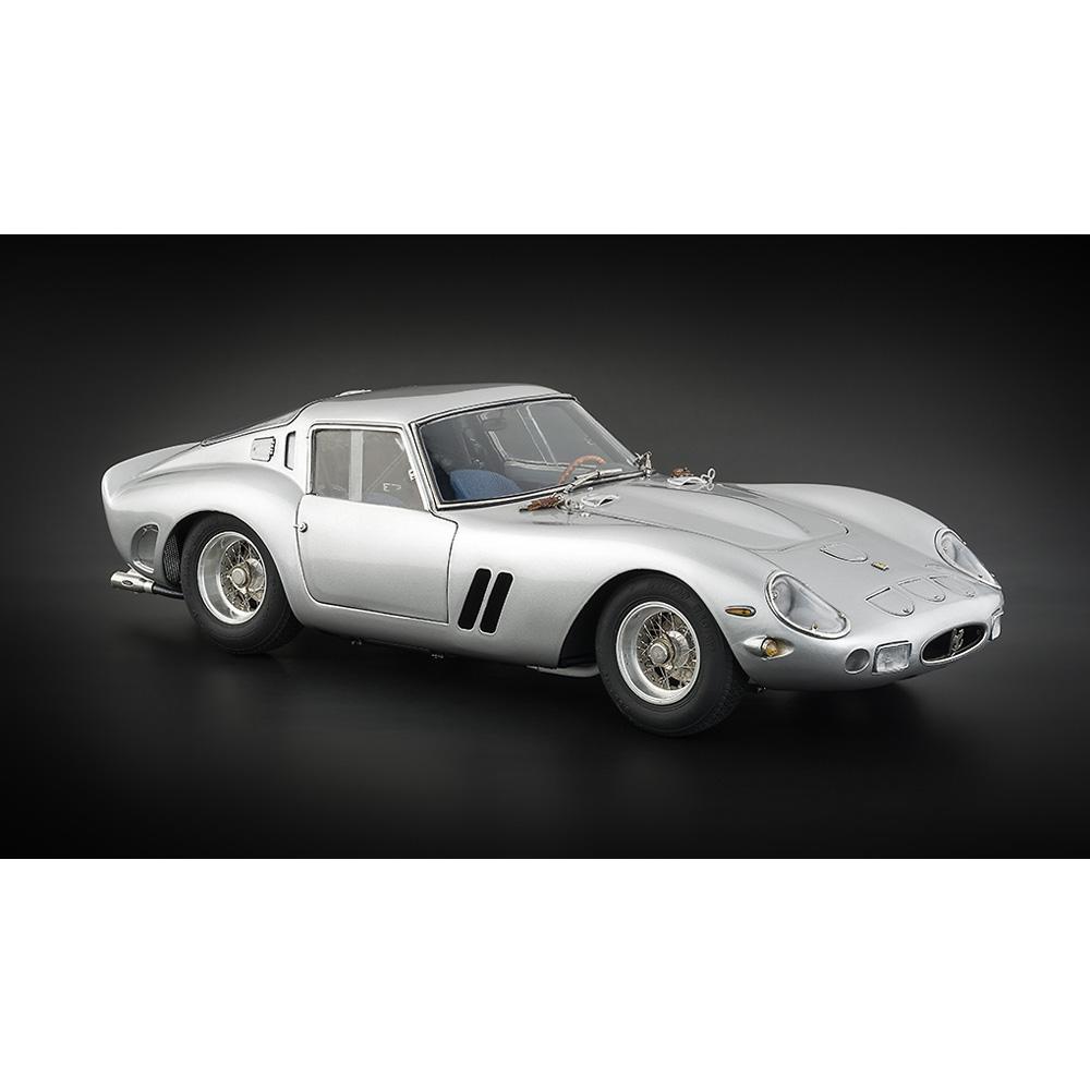 Ferrari 250 GTO | 1962 Silver | CMC